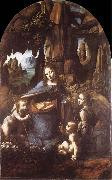 Madonna in the rock grottos, LEONARDO da Vinci