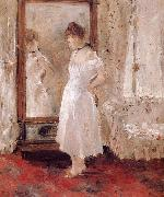 The Woman in front of the mirror