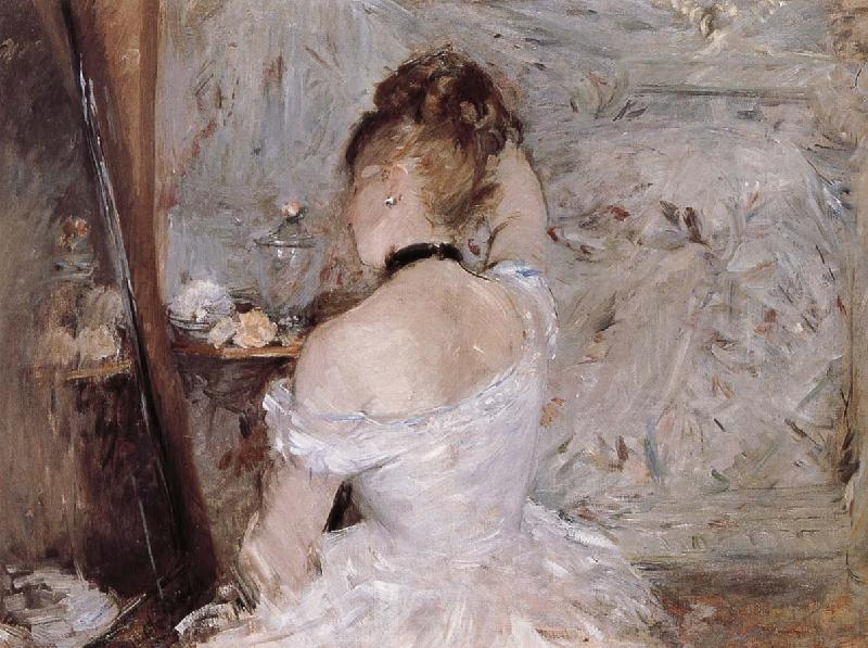 Berthe Morisot The woman is dressing the hair